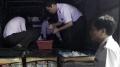 Bạc Liêu: Tạm giữ lượng lớn tôm bơm tạp chất trên đường đi tiêu thụ