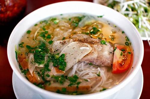 bánh canh cá dầm, gỏi cà đắng cá cơm, cá bống thác kho riềng, ẩm thực buôn mê thuột, âm thực đắk lắk