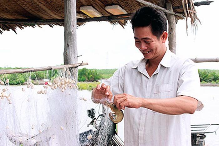 Thạc sĩ kinh tế về rừng nuôi tôm