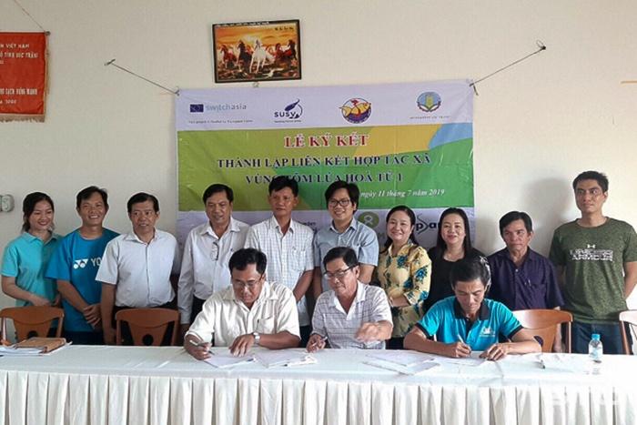 Hợp tác liên kết sản xuất nuôi tôm xuất khẩu quốc tế
