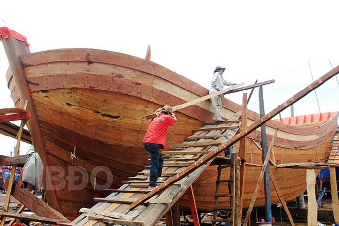 Tạm ngưng đóng mới tàu cá: Ổn định số lượng
