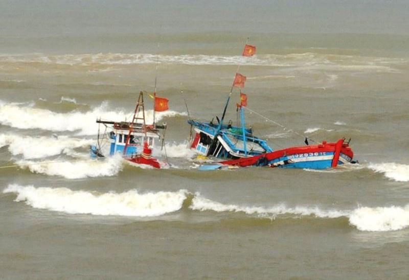 tàu cá bị đâm chìm