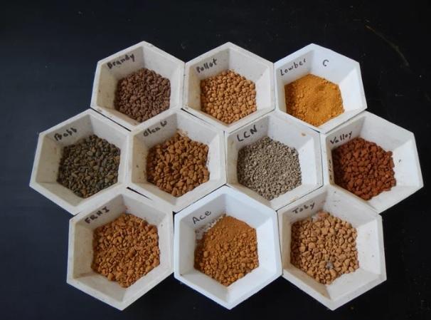 Dùng phế phẩm từ mỏ nhiên liệu xử lý nước trong nuôi trồng thủy sản