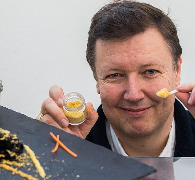 'Ngất' với lọ trứng cá muối giá 7 tỷ đồng