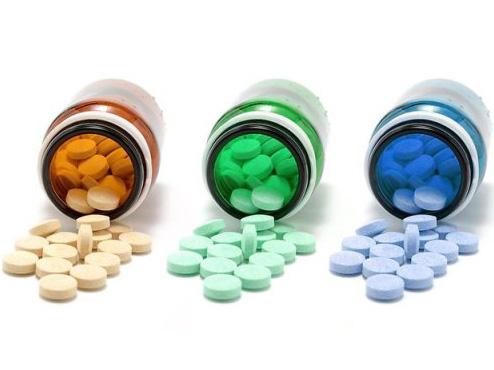 Vi khuẩn trở nên kháng thuốc như thế nào?
