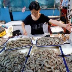 Ngành tôm Trung Quốc ảnh hưởng nặng nề vì bị Mỹ áp thuế 10%