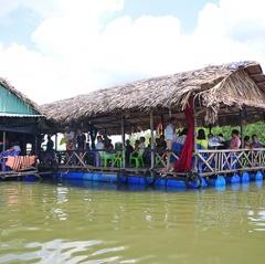 Nhộn nhịp làng bè Phước An