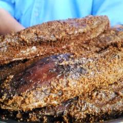 Chế biến cá lóc tươi thành mắm thu trăm triệu mỗi năm