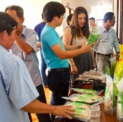 Sóc Trăng: Đối thoại thúc đẩy liên kết sản xuất tôm