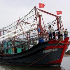 Quảng Ninh: Lợi ích từ công nghệ đèn Led trong khai thác thủy sản