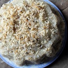 Ẩm thực độc đáo: Xôi trứng kiến