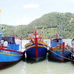 Hà Tĩnh cấp chứng nhận an toàn vệ sinh thực phẩm cho tàu cá