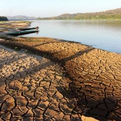 Mekong cạn nước