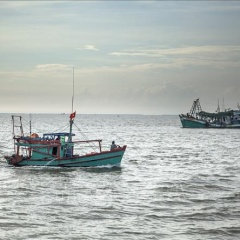 Mạnh tay xử lý tàu cá vi phạm vùng biển nước ngoài