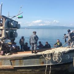 Philippines bắt ngư dân Việt Nam nghi săn cá mập