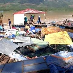 Nuôi cá lồng bè trên sông: Thiệt hại nặng do bão lũ