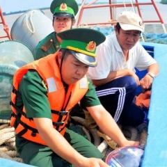 Phạt nhiều tàu cá gửi thiết bị giám sát hành trình sang tàu khác