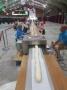 Kỷ lục thế giới: bánh mì cuộn tôm hùm dài 180 feet (54.864m)