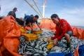 10 nghề gắn với biển nuôi sống cả gia đình ngư dân