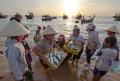 Đóng 400 tàu cá đánh bắt xa bờ cho ngư dân 4 tỉnh miền Trung