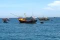 Khai thác thủy sản an toàn trong mùa bão