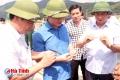 Lãnh đạo tỉnh kiểm tra dự án nuôi tôm sinh học trên cát tại Kỳ Nam