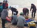 Lợi dụng thông tin cá chết, thương lái ép giá ngư dân